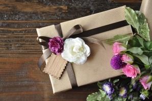 続きを読む: flower present